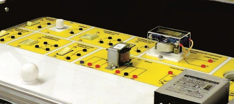 Bancada didática eletrotécnica